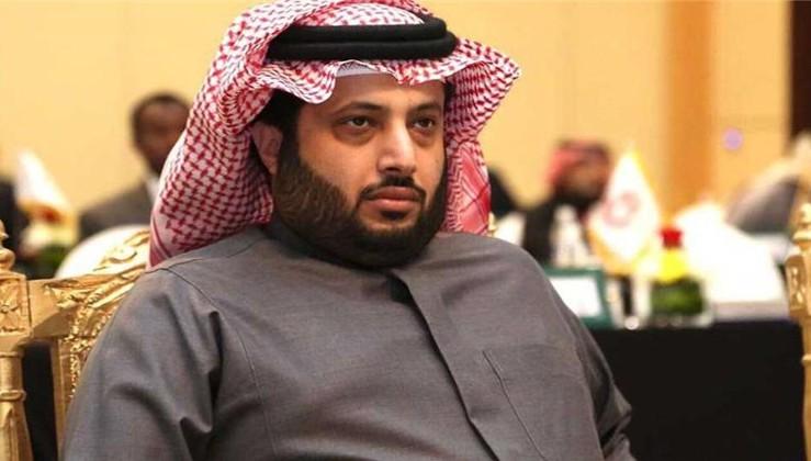 موقع غاني: الأسيوطي على أعتاب صفقة عالمية برعاية تركي آل الشيخ